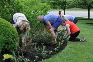deerpath garden club planting garden